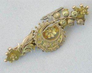 A 9ct gold bar brooch hallmarked Birmingham 1891-2
