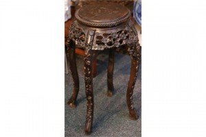 Chinese rosewood pot