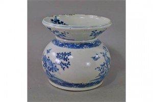 porcelain large spitoon