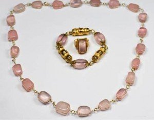 rose quartz set jewellery