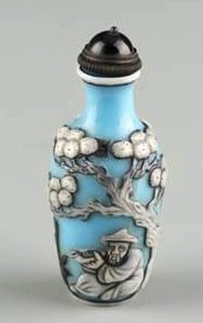 Overlay Snuff Bottle
