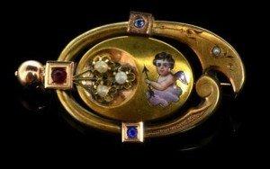 14 carat gold brooch