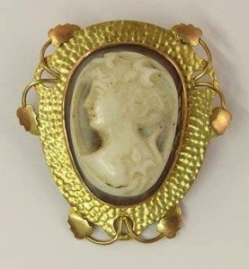 mounted shell cameo brooch