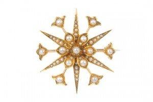 pearl star brooch