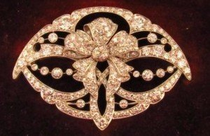 Edwardian diamond set brooch