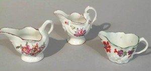 Lowestoft porcelain cream jug