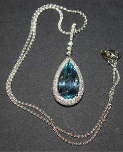 drop shaped pendant