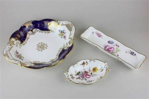 two handled serving dish