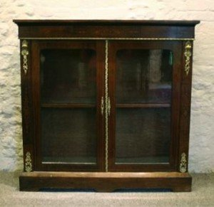Mounted Pier Cabinet