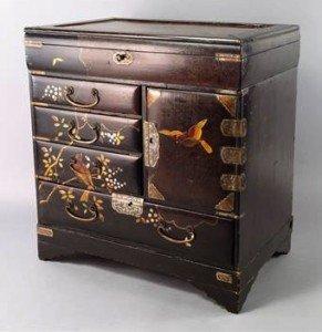 lacquer cabinet
