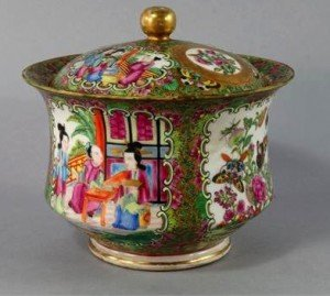 porcelain circular box
