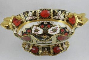 twin-handled comport dish