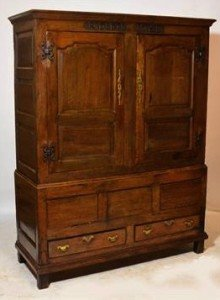 oak linen press