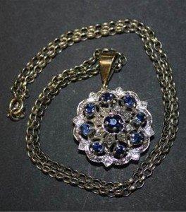 shaped circular pendant