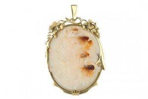 shell cameo pendant