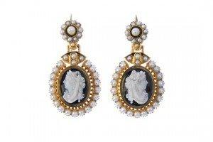 cameo ear pendants