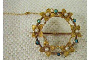turquoise set brooch