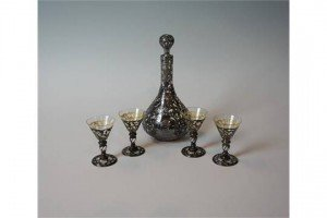 glass drinking set