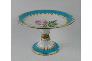 porcelain comport
