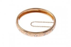 diamond hinged bangle