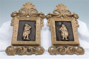 Continental wall plaques