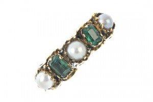 split pearl ring,