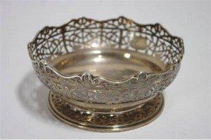 circular deep bowl