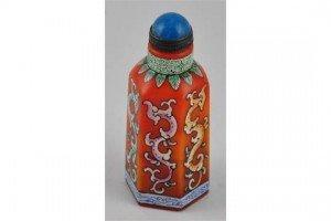 Peking glass painted snuff bottle