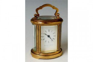 oval carriage time piece