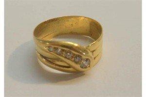 gentleman's snake ring