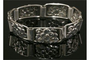 Danish bracelet
