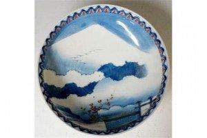 porcelain circular bowl
