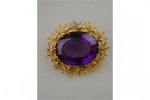 oval brooch