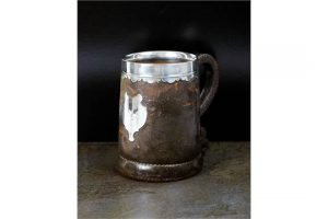 leather mounted mug