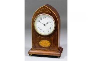 mantel timepiece