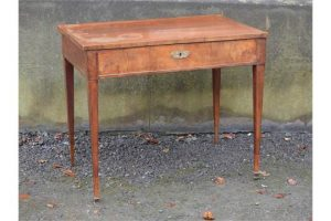 dressing table,